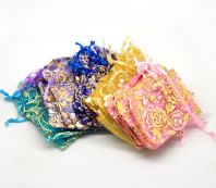 20 Mixed Organza Bags With Draw Strings 7 x 9 cm